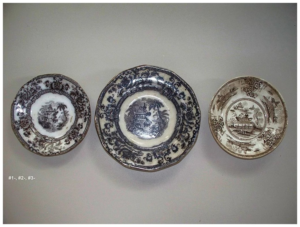 Click to expand & Antique Davenport Small Mulberry Cyprus Plates u0026 Another ...