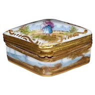 Antique French Choisy Le Roy Porcelain Tiny Box  circa 1820