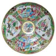 Extraordinary Beautiful Antique Chinese Famille Rose/Verte Plate with wonderful Scenes..