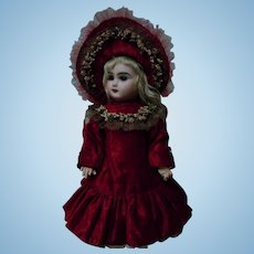 Gorgeous french bebe Couturier Dress w/ Petticoat and Hat for antique cabinet size doll