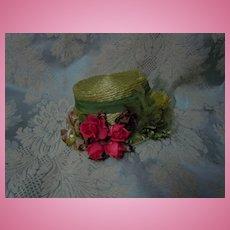 Beautiful  green soft  Straw Hat w/ flowers