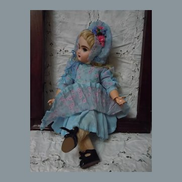 Beautiful Organza Dress Bonnet for French Bebe cabinet sized doll