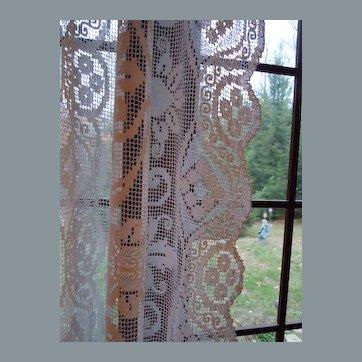 Gorgeous Vintage Handmade Window Filet Lace Curtain Panel