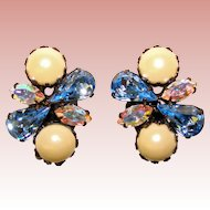 Gorgeous BLUE RHINESTONE Vintage Clip Earrings