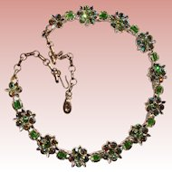 Fabulous LISNER Signed Vintage GREEN RHINESTONE Necklace