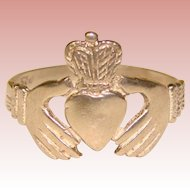 Beautiful Sterling CLADDAGH Vintage Ring