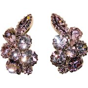 Fabulous KRAMER Alexandrite Color Rhinestone Blue Lavender Vintage Clip Earrings