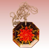 Fabulous LUCITE Reverse Carved Vintage Pendant Necklace