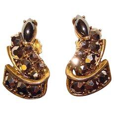 Fabulous WEISS Signed Hematite Rhinestone Vintage Clip Earrings
