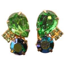 Gorgeous GREEN & PEACOCK Aurora Rhinestone Vintage Clip Earrings