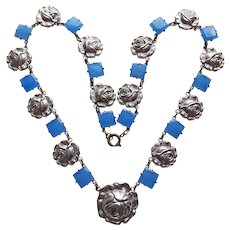 Fabulous Art Deco Blue Glass Rose Link Necklace