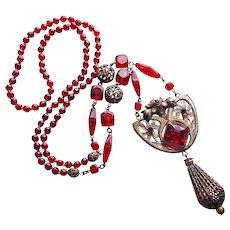 Fabulous ART DECO Red Glass Flapper Necklace - Vintage Estate