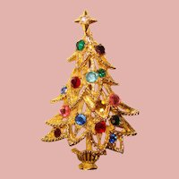 Gorgeous CHRISTMAS TREE Color Rhinestone Vintage Pin Brooch