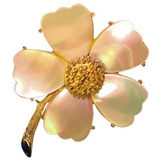 Gorgeous MANDLE Signed Mother of Pearl Flower Petals Flower Brooch