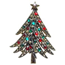 Fabulous HOLLYCRAFT Signed Rhinestone Christmas Tree Vintage Brooch
