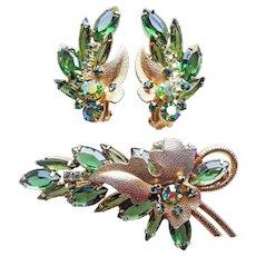 Fabulous D&E Juliana Green Rhinestone Vintage Leaf Brooch Set