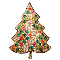 Gorgeous KRAMER Signed Color Rhinestone Christmas Tree Vintage Brooch