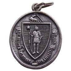 Sterling SEAL OF MASSACHUSETTS Vintage Charm - State Souvenir