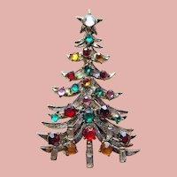 Fabulous HOLLYCRAFT Vintage Christmas Tree Brooch