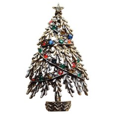 Awesome ART Signed Vintage CHRISTMAS TREE Rhinestone Estate Pin Brooch