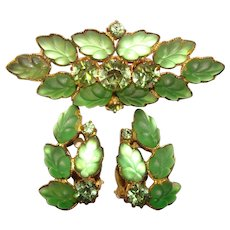 Gorgeous GREEN Frosted Glass Vintage Rhinestone Brooch Set