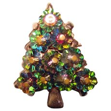 Gorgeous MARGARITA CRYSTAL Vintage Christmas Tree Brooch