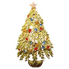 Fabulous ART Signed Vintage CHRISTMAS TREE Rhinestone Enamel Brooch
