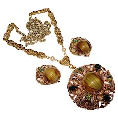 Fabulous West Germany Peridot Green Glass & Rhinestone Vintage Necklace Set