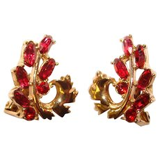 Fabulous HOLLYCRAFT Signed Red Rhinestone Vintage Clip Earrings - Copr. 1951