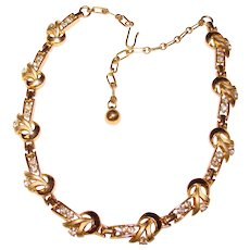 Gorgeous TRIFARI Signed Clear Rhinestone Vintage Necklace