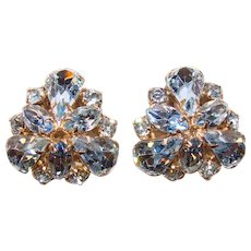 Fabulous WEISS Signed Blue Rhinestone Vintage Clip Earrings