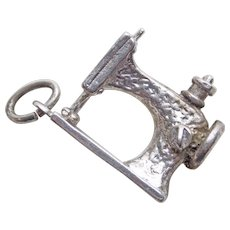 Sterling SEWING MACHINE Vintage Estate Charm