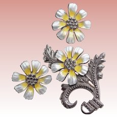 Fabulous STERLING & ENAMEL Marcasite Vintage Set - Brooch & Earrings - Yellow and White