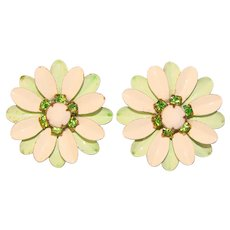 Gorgeous 1960s GREEN & WHITE Enamel Rhinestone Flower Power Vintage Clip Earrings
