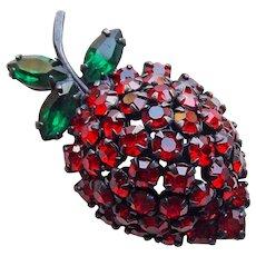 Gorgeous WARNER Signed Strawberry Red Rhinestone Vintage Brooch - Fruit
