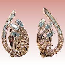 Gorgeous Light BLUE & CLEAR Vintage Rhinestone Clip Earrings