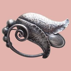 Fabulous GEORG JENSEN Sterling Signed Vintage Brooch - Handwrought Flower Design - Silver Pearl