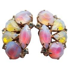 Gorgeous KRAMER Signed Opalescent Glass Stones Vintage Earrings