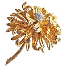 Gorgeous BOUCHER Aster Signed Vintage Brooch