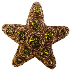 Fabulous HAR Signed STAR Shaped Peridot Green Colored Rhinestones Vintage Brooch