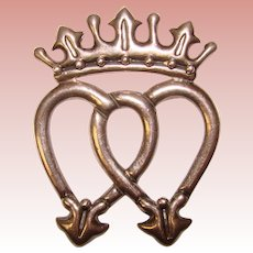 Gorgeous VICTORIA Mexican Sterling Intertwined Hearts Vintage Brooch