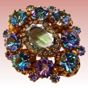 Fabulous COLOR CHANGING Rhinestone Vintage Brooch