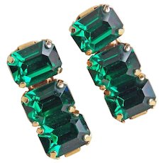 Gorgeous GREEN RHINESTONE Vintage Earrings - Screw Backs