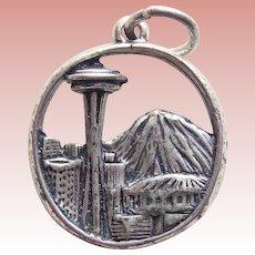Sterling SPACE NEEDLE Vintage Estate Charm - Souvenir of Seattle Washington