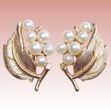 Gorgeous Signed TRIFARI Faux Pearl Leaf Vintage Earrings