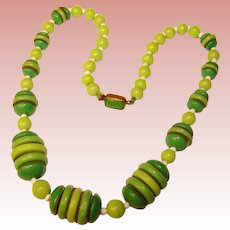 Fabulous CZECH DECO Shades of Green Glass Vintage Necklace