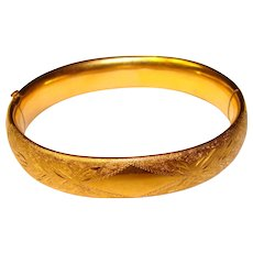 Gorgeous Vintage 14K Gold Filled Hinged Bangle Bracelet