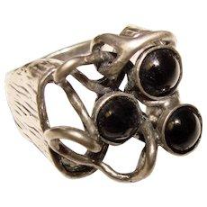 Fabulous STERLING Modernist Black Stones Vintage Ring