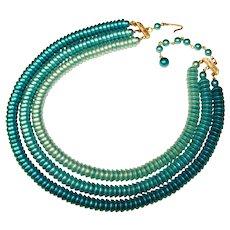 Fabulous AQUA Colored Ombre Shades Vintage Necklace