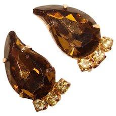 Fabulous PAISLEY Shaped Rhinestones Vintage Clip Earrings